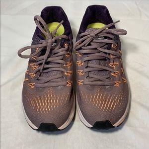 Nike Women's Air Zoom Pegasus 33 Size 7